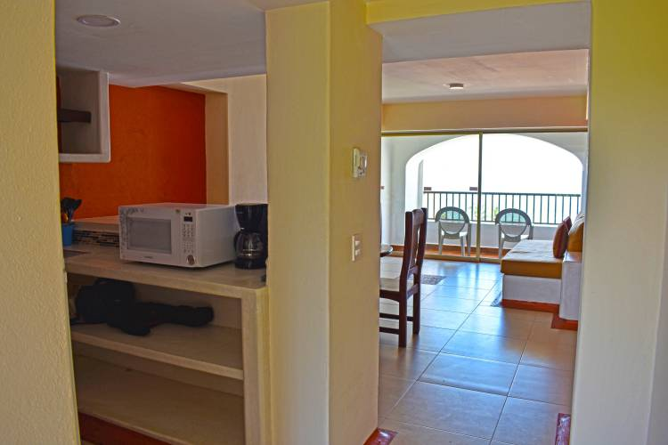 Condominios Vacacionales en Ixtapa Zihuatanejo. Condominios en renta para 10, 20, 30 personas en Ixtapa Zihuatanejo. Condominios con vista al mar en Ixtapa Zihuatanejo. Condominios con cocina en Ixtapa Zihuatanejo. Condominios con Alberca en Ixtapa Zihuatanejo. Rentas Vacacionales en Ixtapa Zihuatanejo