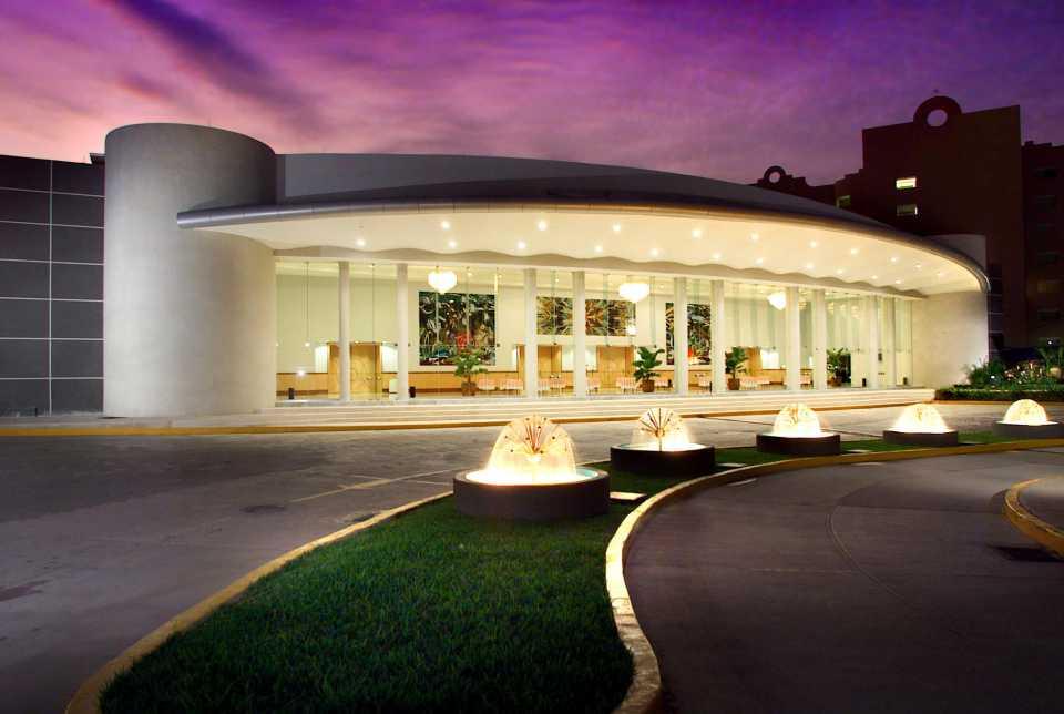 Reservaciones del Hotel Azul Ixtapa. Cuartos del Hotel Azul Ixtapa. Habitaciones del Hotel Azul Ixtapa. Paquetes del Hotel Azul Ixtapa. Restaurantes del Hotel Azul Ixtapa. Actividades del Hotel Azul Ixtapa. Azul Ixtapa Hotel Todo Incluido. Galería de fotos del Hotel Azul Ixtapa. Comentarios y opiniones del Hotel Azul Ixtapa. Ubicación del Hotel Azul Ixtapa. Teléfono del Hotel Azul Ixtapa